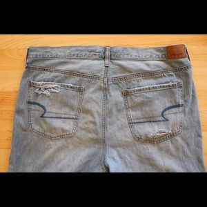 American Eagle Vintage High-Rise Jeans